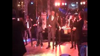 Вижте как Дрогба танцува
