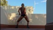 Готина секси мацка танцува яко с дупенце New Twerk dance!