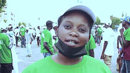 Nigeria: Pro-Buhari protesters rally in Abuja on Democracy Day