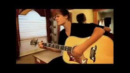 Justin Bieber -smile Avril Lavigne.wmv