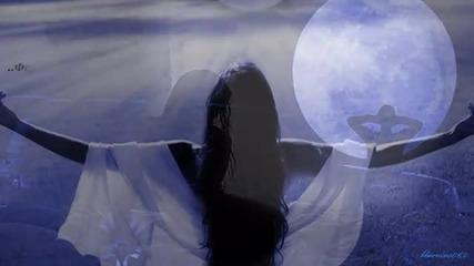 Luna - Giannis Vardis