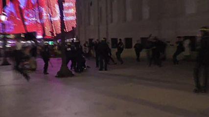 Сблъсъци между фенове и полиция в Париж след финала на Евро 2016