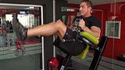 Фитнес упражнения - Повдигане на краката от вис със свити колене