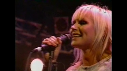 The Cardigans - My Favourite Game (live Hultsfred 1999)