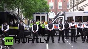 UK: Police protect UKIP MP from angry London protesters