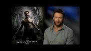 Актьора Хю Джакман дава интервю за филма си Върколакът (2013)