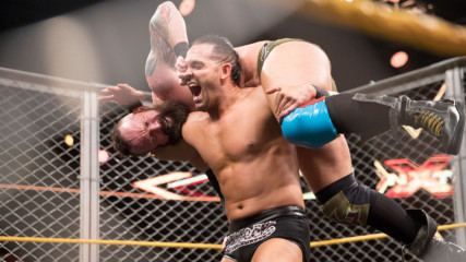 Тай Дилиджър vs. Ерик Иънг - Steel Cage Match: WWE NXT, 19 Aприл 2017