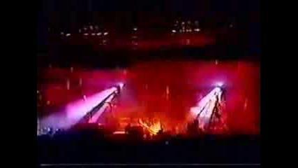 Rammstein - Инцидент По Време На Концерт