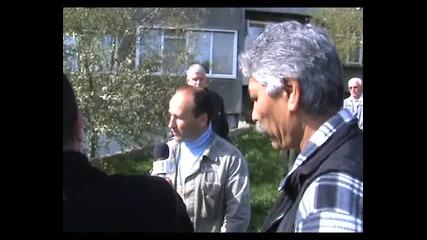 Атака Варна сади дръвчета във Владиславово - 23.03.2014 година