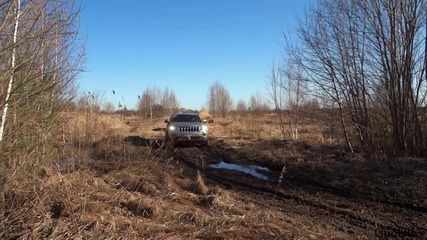 Subaru Outback vs Jeep Grand Cherokee - off-road