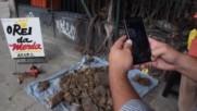 Brazil: Cow faeces salesman spices up street market in Rio