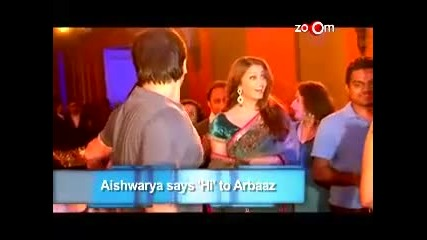 Aishwarya Says hi_ to Salman_s brother