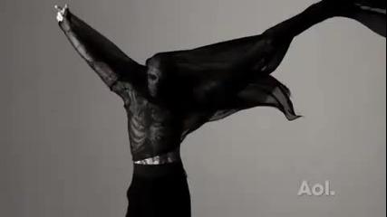 Превод Lady Gaga - Born This Way ( I dont speak German ) за Mugler Fashion Show