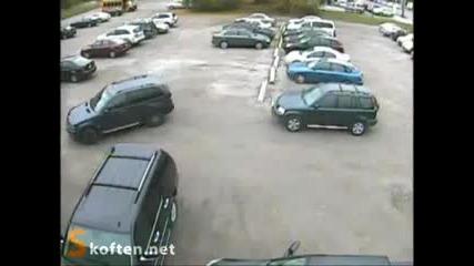 Ето така се паркира джип Бмв Vbox72
