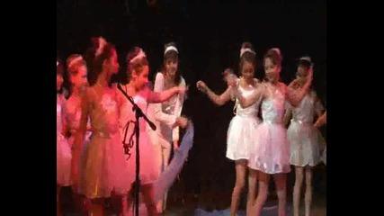 Музикален спектакъл Магия в коледната нощ с децата на Оу Христо Максимов гр Самоков Част 2