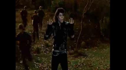 Смешна сцена от Страшен Филм 4