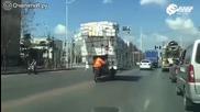 Китайски доставчик на бързи пратки с извън габаритен товар