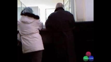 Проф. Вучков Прави Скандали Докато Си Взима Пенсията ( Гледам И Не Вярвам На Ушите Си ) 12.02.2009