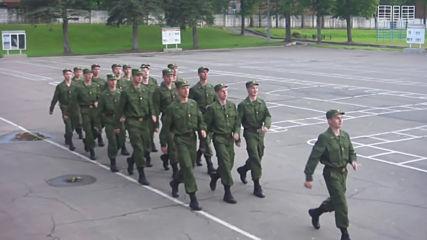 Руската армия в изпълнение на Barbie Girl !