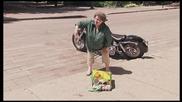 Много Смешна Скрита Камера - Breaking Eggs on Bikers !