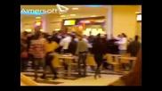 Смях! Масов цигански бой в Мол във Варна - Сган Сеир!