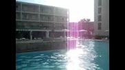Митката на басейна,  Messonghi Beach Hotel Corfu