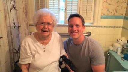 Внук осъществява мечтата на баба си