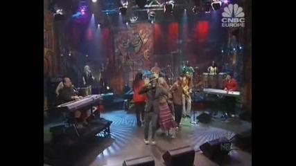 Black Eyed Peas e Sergio Mendes - Mas Que Nada Live