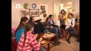 Излъчват репортажа, в който Хюсню помага на жена, Суат изгонва Хюсню от дома им, Опасни улици