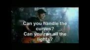 Риана Караоке на песента Shut up and drive :)