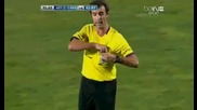 Забавната страна на футбола - Фабио Коентрао получава червен картон на резервната скамейка