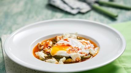 Бон Апети | Яхния от зелен фасул с поширано яйце