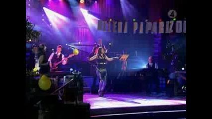 **eлена Папаризу на живо (live) *