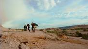 Страхотно забавление със скейборди в скалистите планини .. Skateboarding on Mars