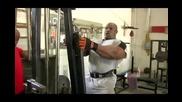 Рони Колман и тренировката му за рамо