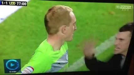 Фен на Лийдс удари вратаря на Шефилд Уензди