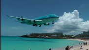 Боинг 747 Прелита Над Плажа на Св. Мартен