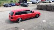 Луд шофьор на Audi Rs4 !