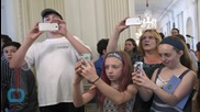Photos, Social Media Now Allowed on White House Tours