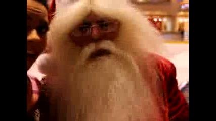 Невероятната Inna се забавлява с Дяд0 Коледа :)