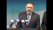 Няма политическа логика да се искат оставки в правителството, смята Емил Кабаиванов