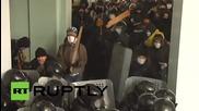 Захват правительственных зданий Винницы протестующими