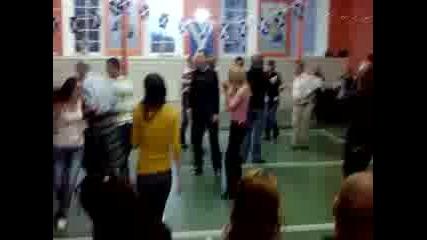 Румънци Танцуват Шотландки Танци
