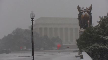 Заглавие: Силна снежна буря във Вашингтон, САЩ