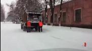 Как се забавляват Руснаците по време на работа