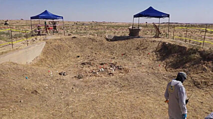 Iraq: Exhumation works begin on mass grave site of Yazidi women in Sinjar