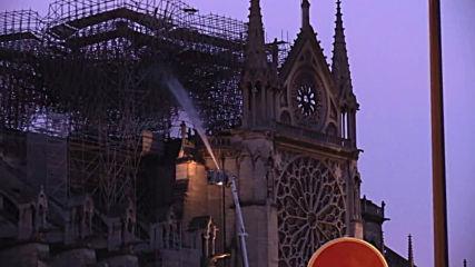 Франция: как изглежда Нотр Дам след пожара?
