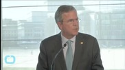 U.S. Republican Jeb Bush Backs Federal Hiring Freeze, Lobbying Rules