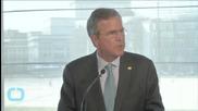 U.S. Republican Jeb Bush Backs Federal Hiring Freeze, Lobbying Rules