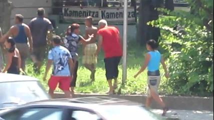 Цигански бой пред автогара Плевен